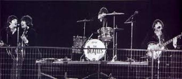 "The Beatles ""final"" concert!"