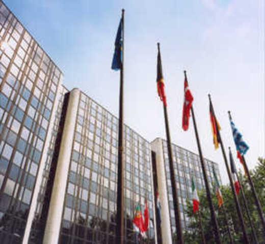 El Acta Única Europea entra en vigor