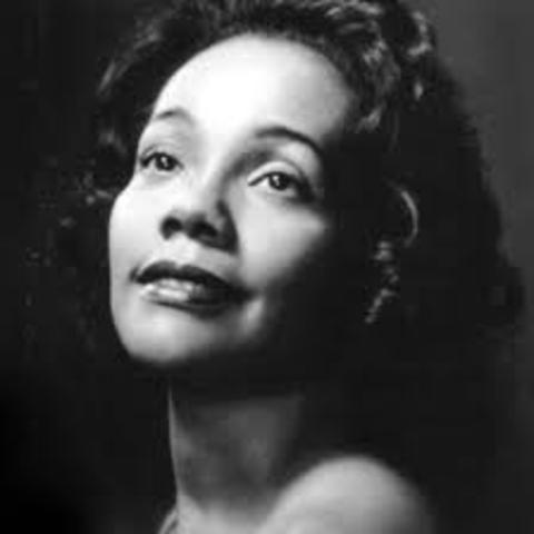 Coretta Scott King dies