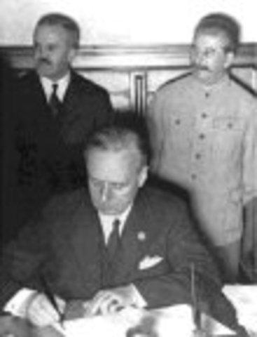 Pacto de no agresión Germano Soviético