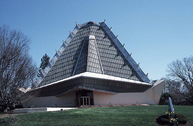 Beth Sholom Synagogue by Frank Lloyd Wright