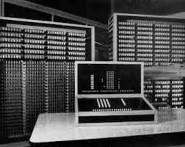 Z3 PRIMER COMPUTADOR ELECTRONICO PROGRAMABLE