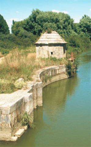 The Canal de Castilla