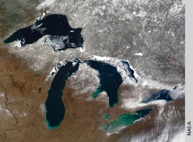 Great Lakes water use agreement signed