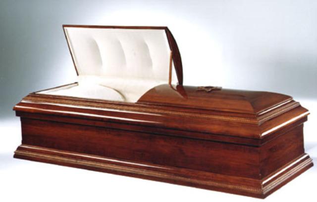 Locke dies