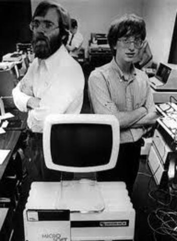 Bill Gates y Paul Allen, fundaban Microsoft y creaban el BASIC 2.0