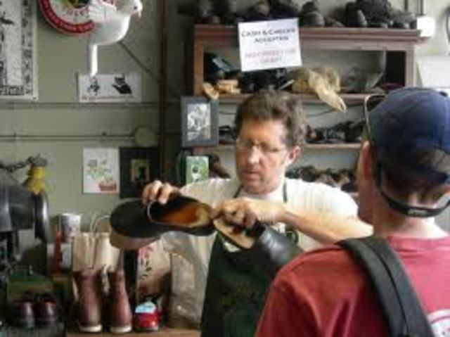 Vladek becomes a shoemaker