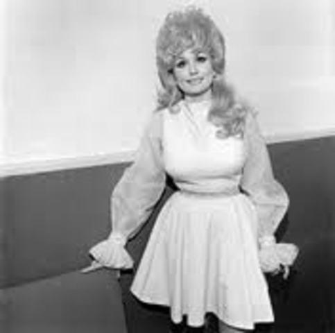 Dolly Parton vs. Olivia Newton John