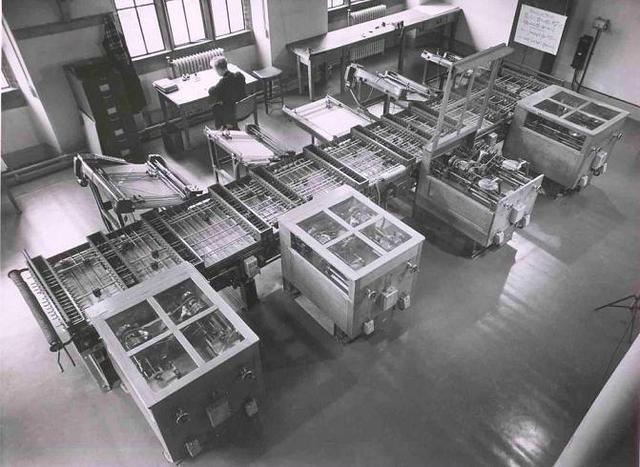 Vannevar Bush inventa el analizador diferencial
