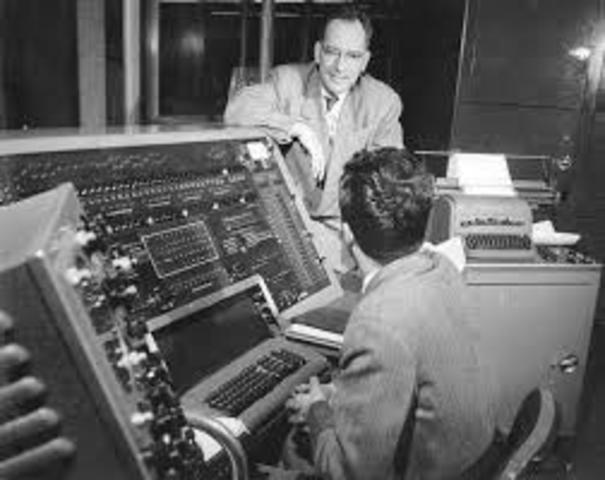 John Von Neumann EDVAC