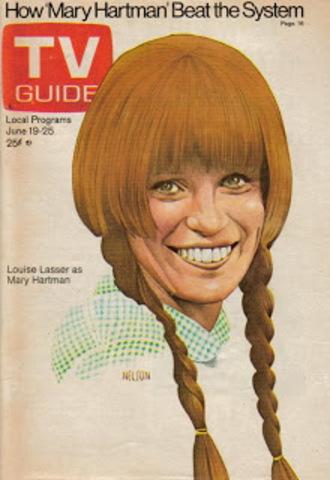 Mary Hartman, Mary Hartman premieres