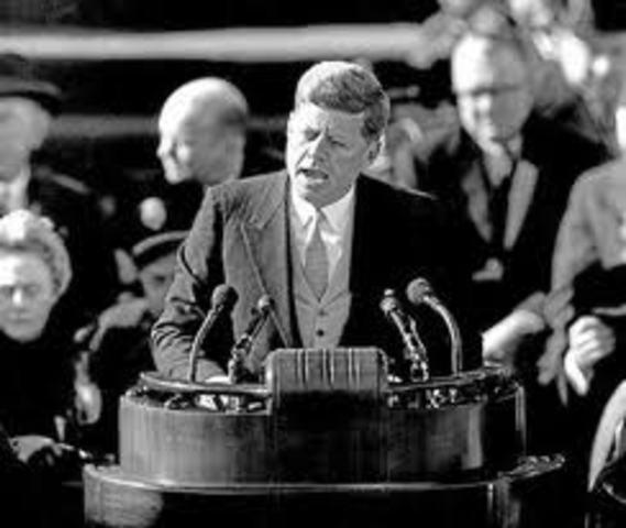 Jhon F. Kennedy toma posesión como presidente de los Estados Unidos