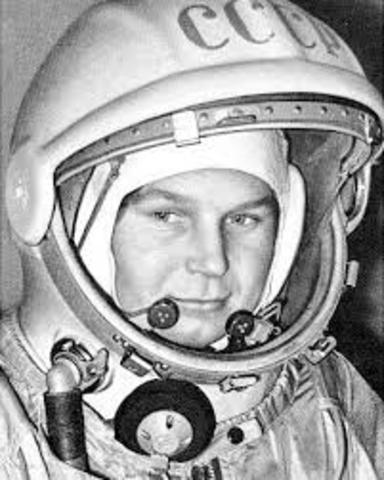 Unión Soviética envía al espacio a la primera mujer