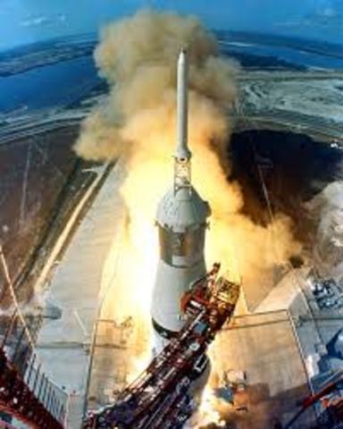 enviada por Estados Unidos la misión Apolo XI