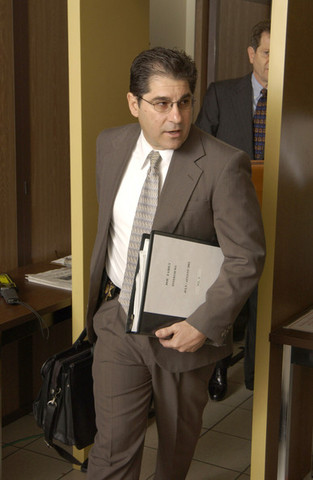 Day Twelve: Michael Jacsons Trial (2005)