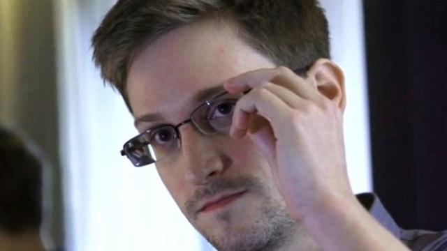 Snowden llega a Rusia