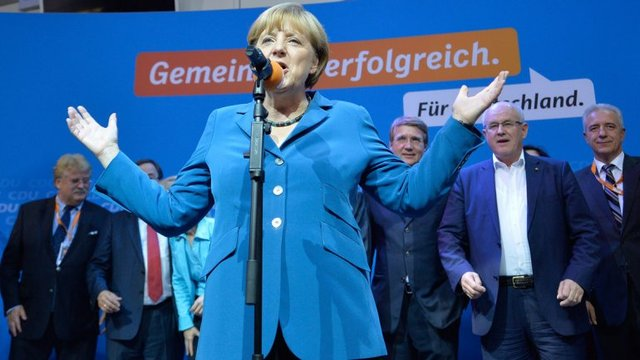 Merkel asume nuevo mandato en Alemania