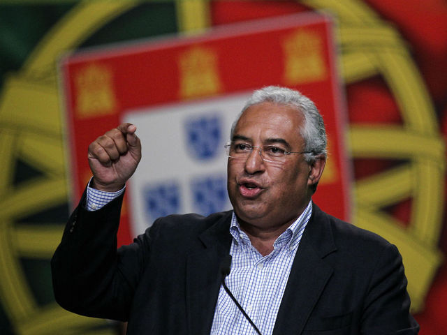 António Costa toma posse do cargo de Presidente da Câmara de Lisboa