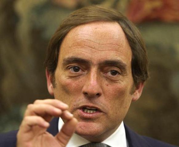 Paulo Portas ocupa o cargo de Ministro dos Negócios Estrangeiros
