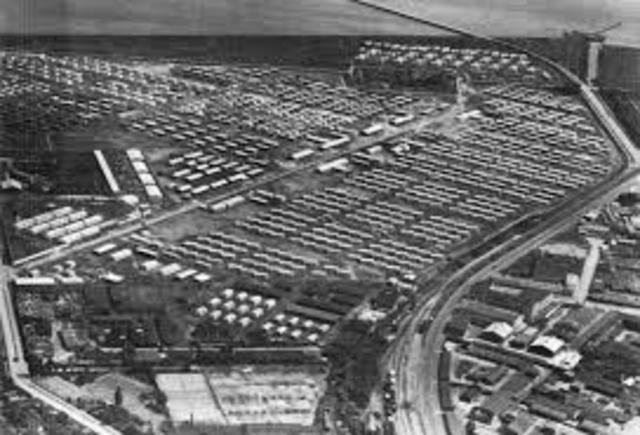 vladek in US refugee camp