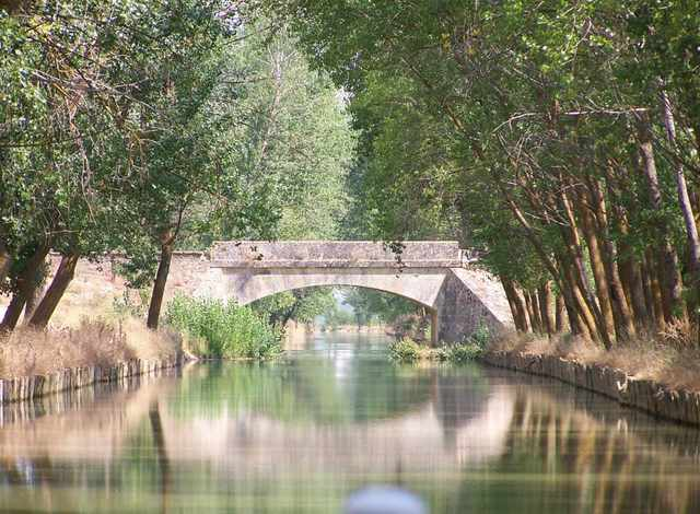 Canal of Castille started to be built
