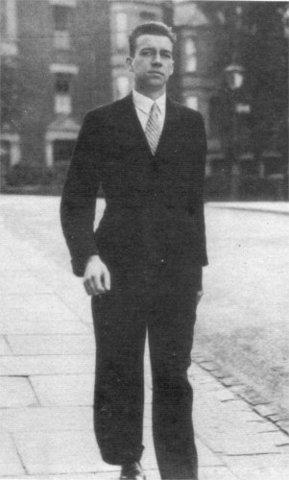 Hitler leaves Vienna