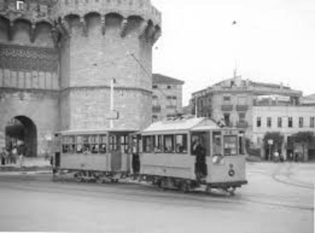 1ª línea de ferrocarril de carga.