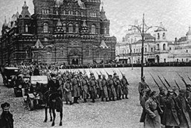 Bolshevik socialists, led by Lenin, overthrow Kerensky's government.