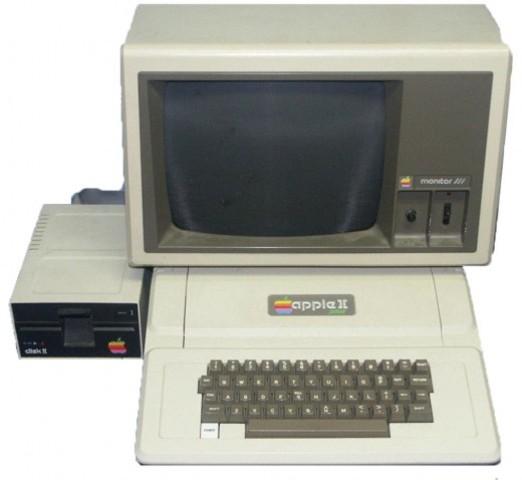 выход Apple II Plus