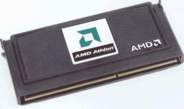 первый процессор с тактовой частотой, превышвющей 1ГГц