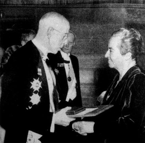 Gabriela Mistral Premio Nobel