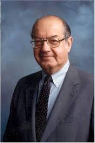 Paul Baran projeta e cria a primeira rede de computadores interligada por fios.