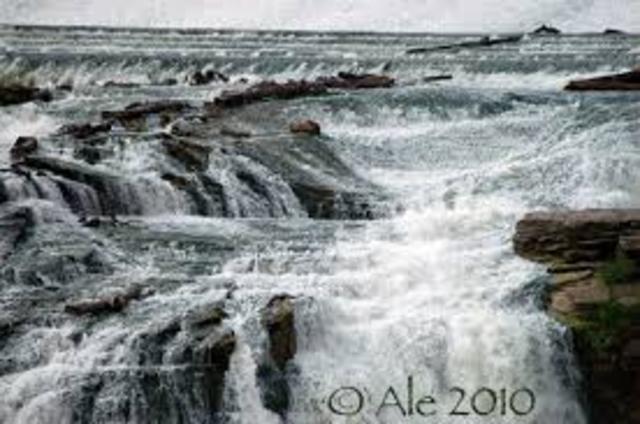 Lewis Reaches Great Falls of Missouri