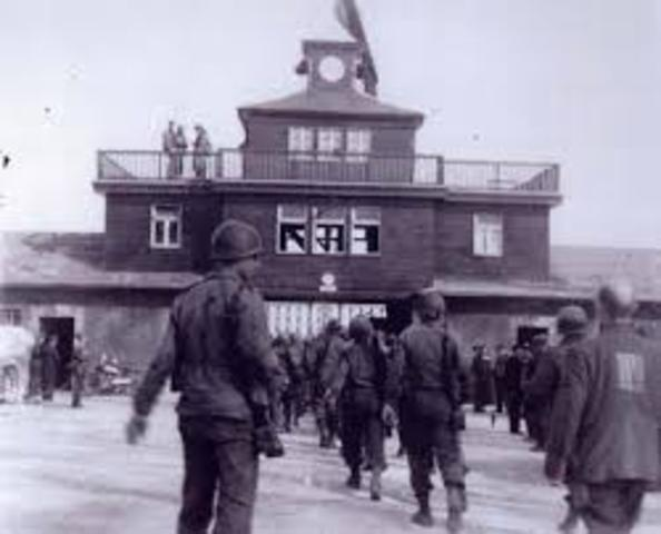 The Buchenwald camp is liquidated