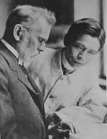 •Schaudinn y Hoffmann