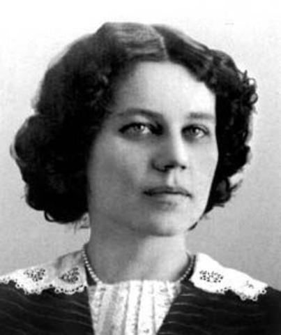 В 1913 году М. Булгаков женился на Татьяне Лаппа.
