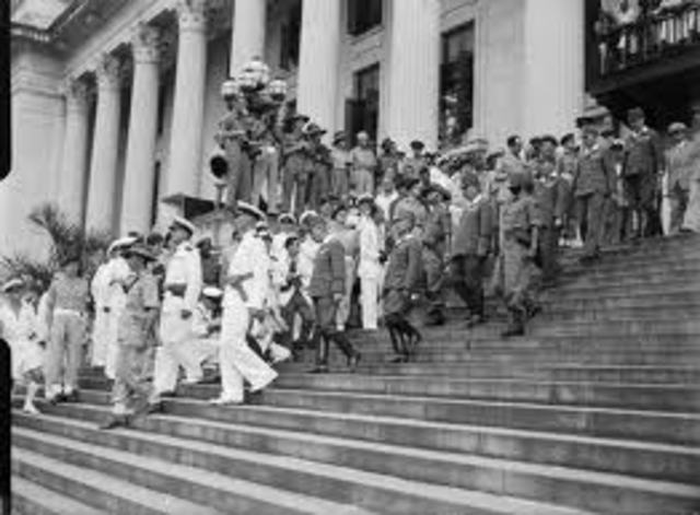 Japan army signed the surrender treaty in Municipal Building (City Hall, Singapore)