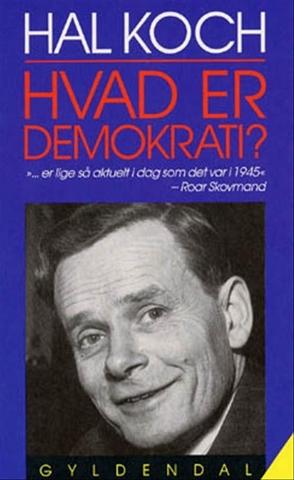 Hal Koch udgiver sin bog 'Hvad er demokrati?'