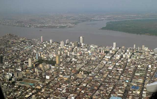 Guayaquil, Ecuador revolts