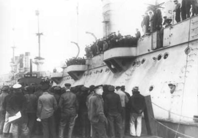 German sailors mutiny