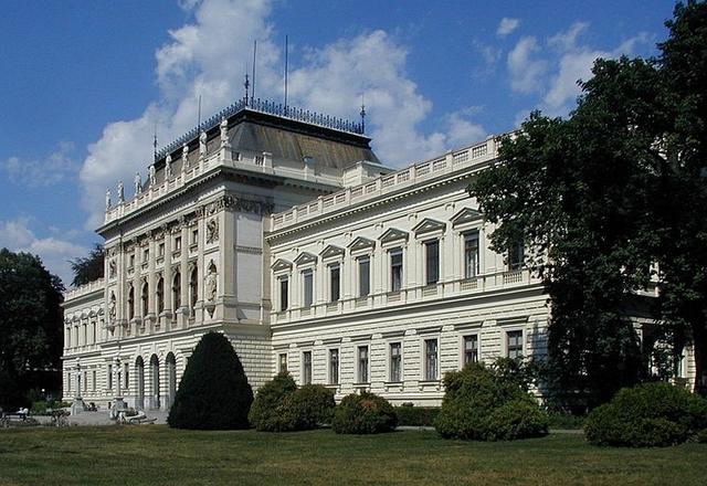 Universitat de Graz.