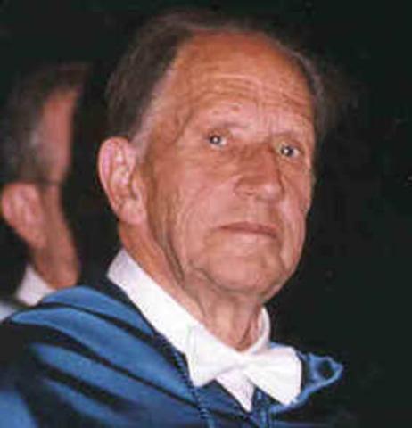 Ramon Margaleft (Barcelona, 16 de mayo de 1919 - 23 de mayo de 2004)