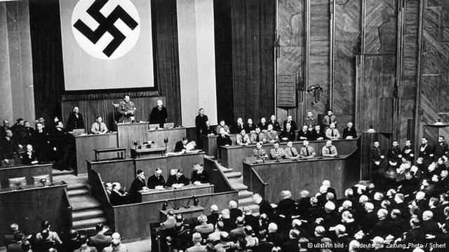 Hitler, presidente do Partido Nacional-Socialista dos Trabalhadores