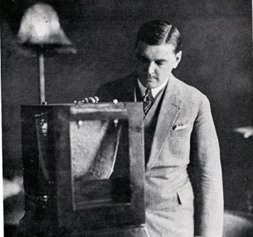 """Théo Fleischman wordt aangeworven bij """"Radio Belgique"""""""