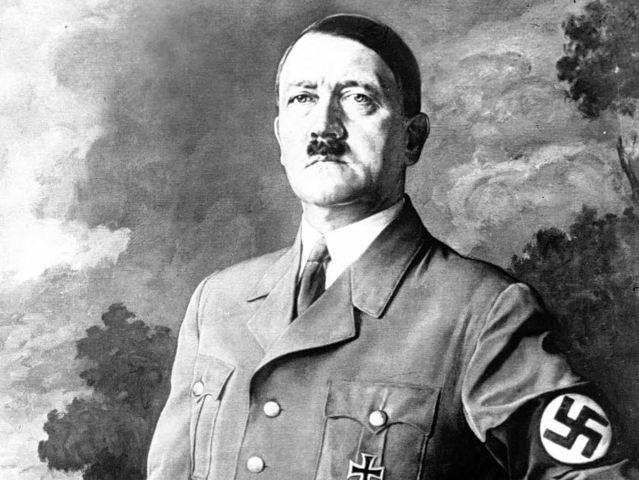 Adolf Hitler nasce