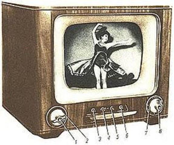 Primeras emisiones regulares de la televisión