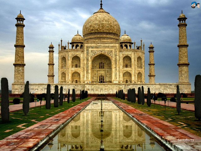 Construction of the Taj Mahal
