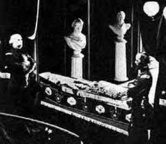 Helen's Funeral