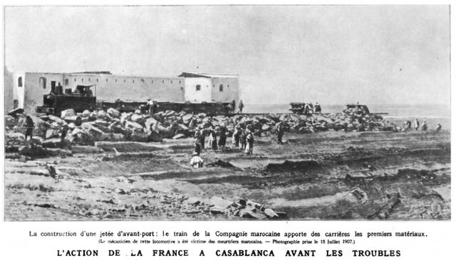 construction de la jetée avant port