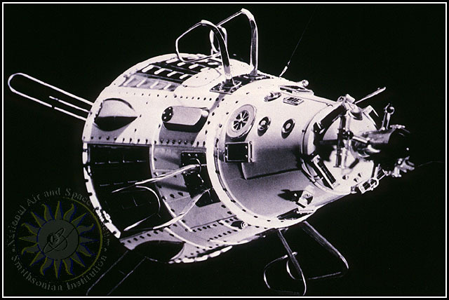 Sputnik II launches